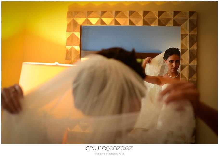 11-fotografias-boda-acapulco-reflejo-novia