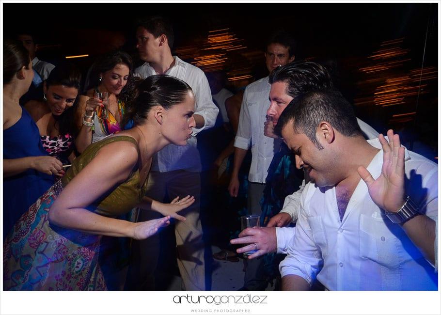 39-fotografias-boda-acapulco-fiesta