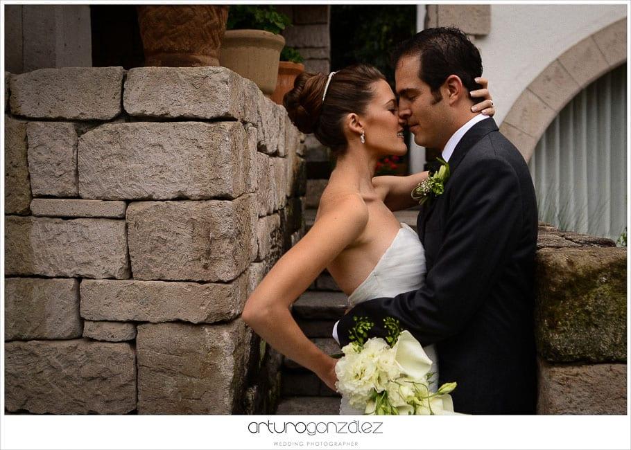 mexico-wedding-photographer-hacienda-san-jose-actipan-catedral-puebla-16