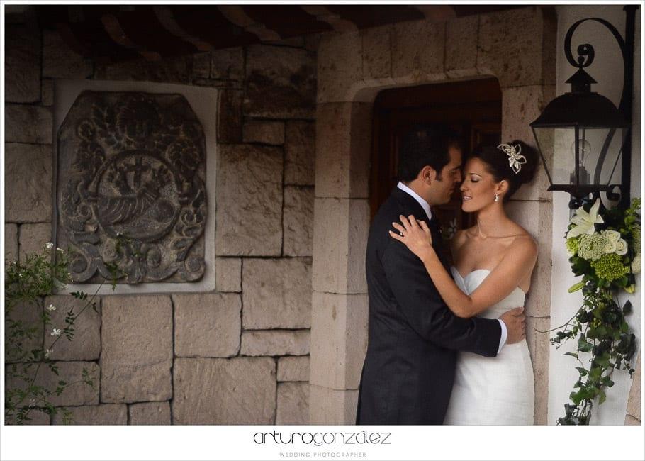 mexico-wedding-photographer-hacienda-san-jose-actipan-catedral-puebla-18
