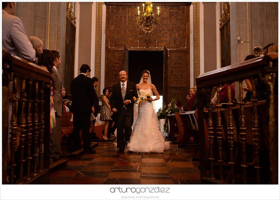 mexico-wedding-photographer-hacienda-san-jose-actipan-catedral-puebla-32