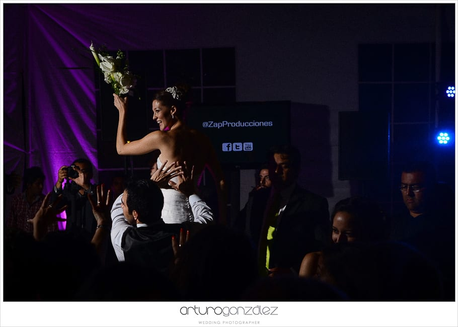 mexico-wedding-photographer-hacienda-san-jose-actipan-catedral-puebla-64
