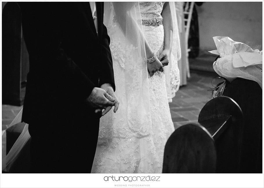 13-pedreria-vestido-novia-fotografias-blanco-negro