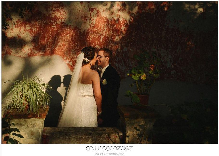 32-fotografias-al.atardecer-de-boda-en-hacienda-san-juan-bautista-amalucan-puebla-mexico