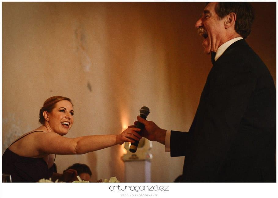 33-discurso-spitch-fotografias-boda-risas