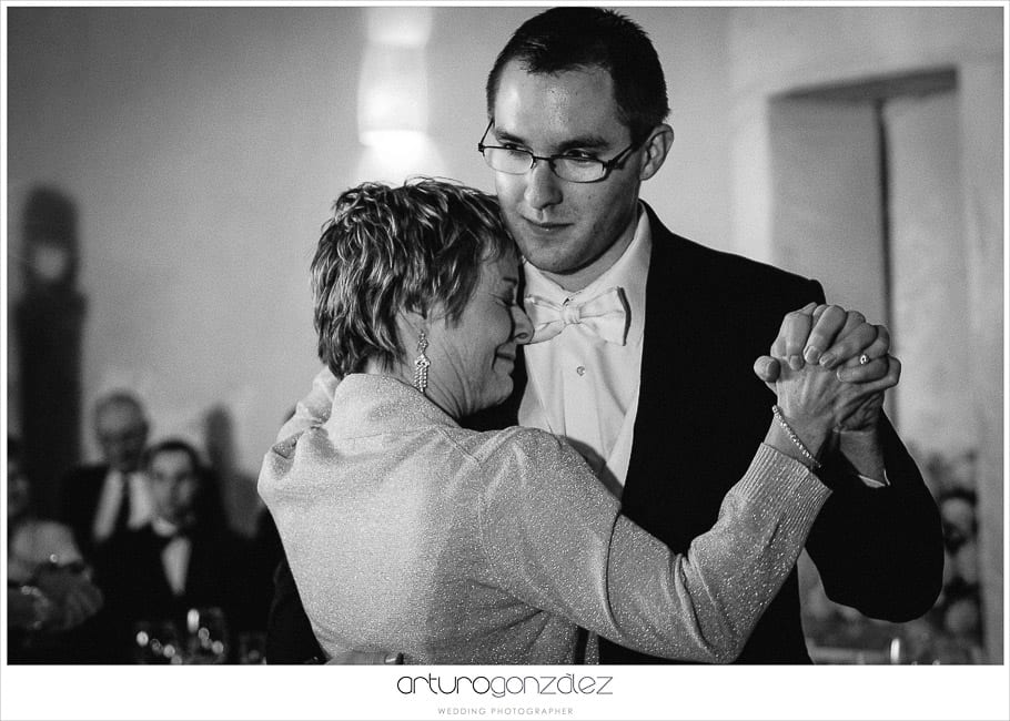 38-black-and-white-wedding-photos