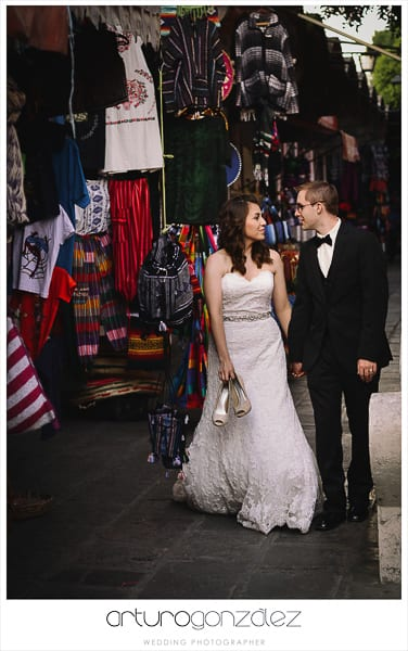 wedding-photographer-puebla-mexico-trash-the-dress-la-purifcadora-arturo-gonzalez-barrio-del-artista-los-sapos-4