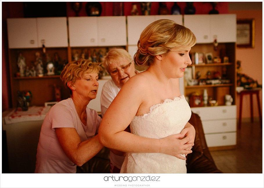04-fotos-de-boda-arreglandose-