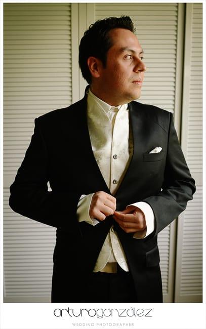 08-traje-de-novio-bodas-en-puebla