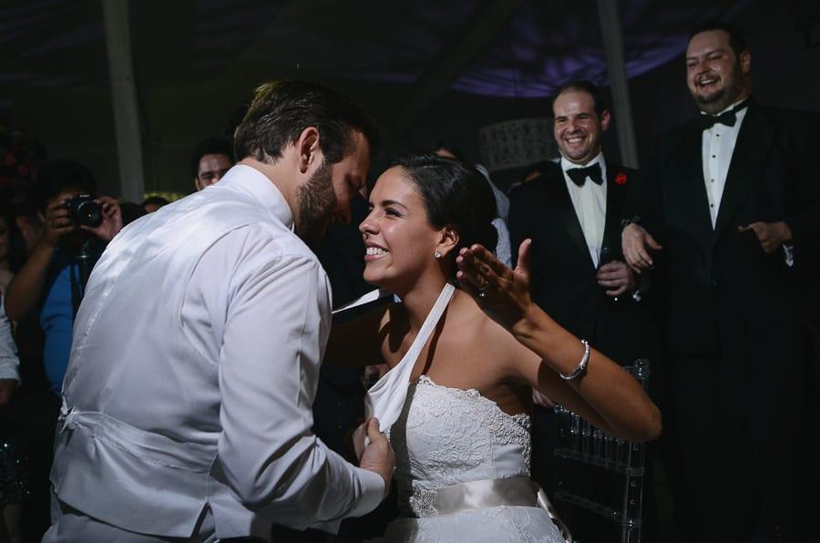 fotografias-de-boda-capilla-del-rosario-jardin-tres-marias-magrett-276