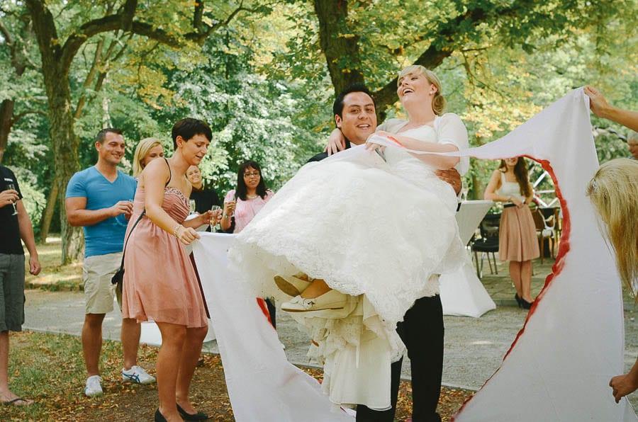 Hochzeits-Fotografie-in-Deutschland-satuelle-wedding-photographer-70