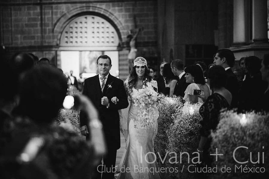 primera-fotografias-de-bodas-en-ciudad-de-mexico-club-de-banqueros-st-regis-044
