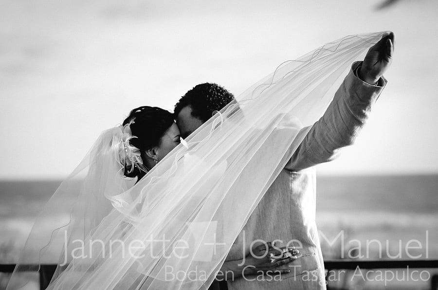 primera_fotografias-de-boda-acapulco-casa-tasgar-016