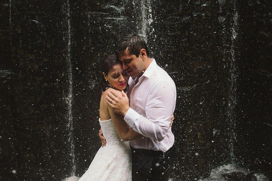 trash-the-dress-prismas-basalticos-peña-del-aire-fotografias-de-boda-19