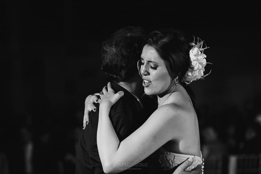 fotografias-de-boda-en-santa-fe-ciudad-de-mexico-jardin-los-cedros-77