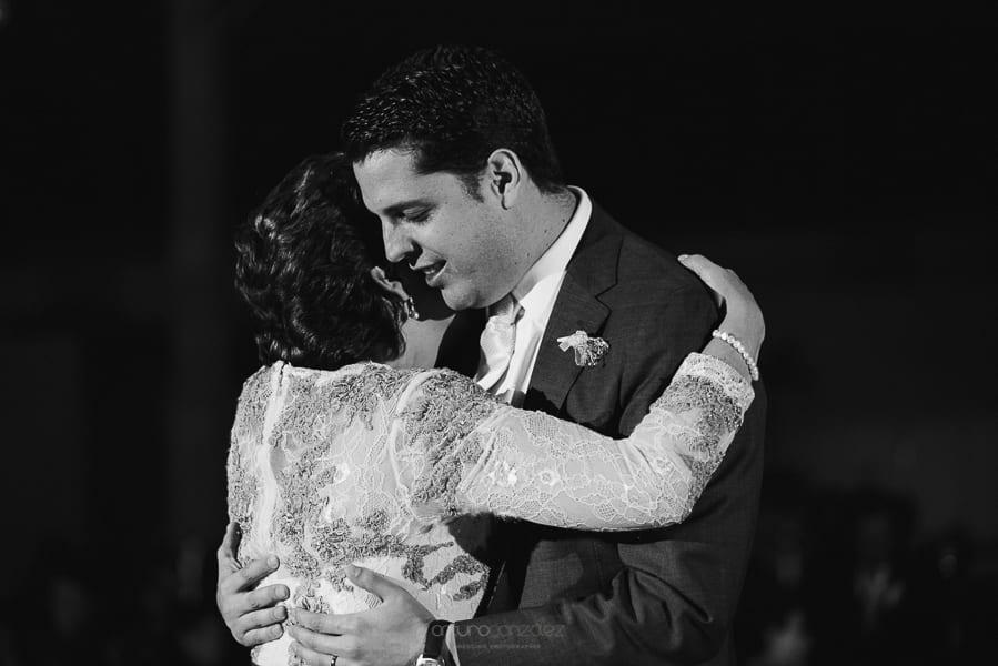 fotografias-de-boda-en-santa-fe-ciudad-de-mexico-jardin-los-cedros-78