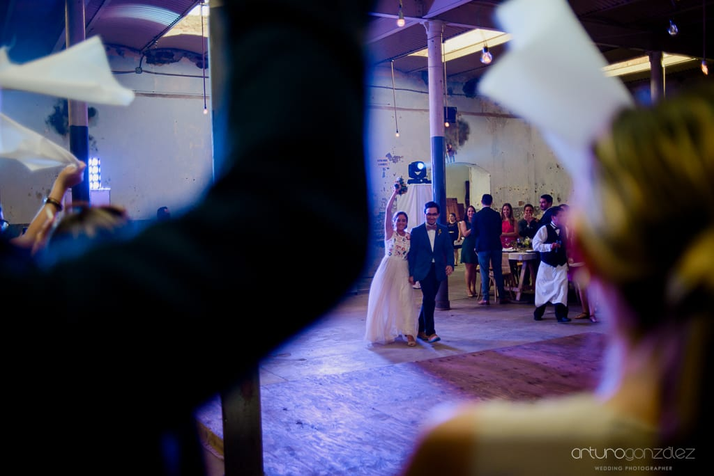 fotografias-de-boda-en-la-ex-fabrica-carolina-077