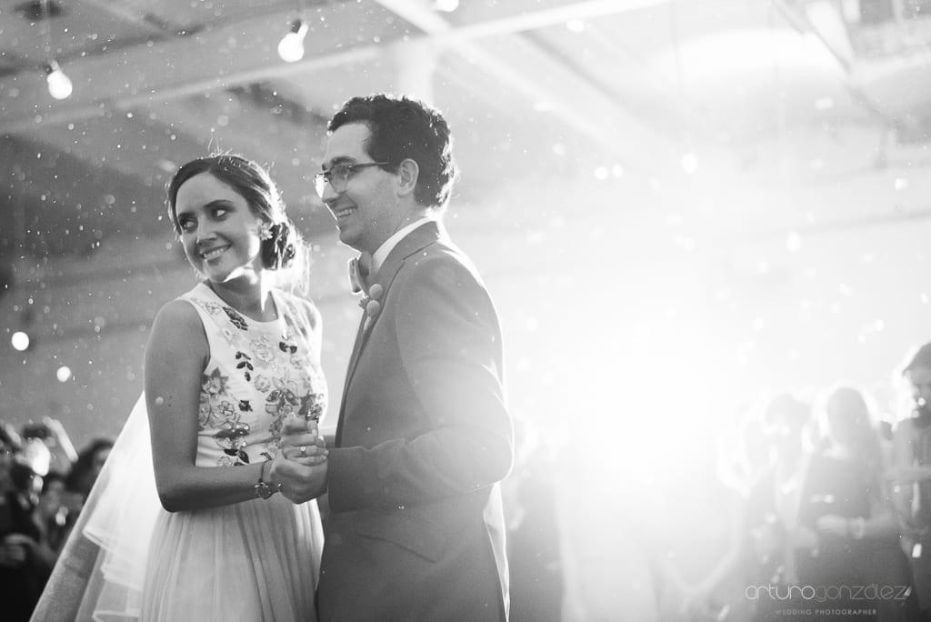 fotografias-de-boda-en-la-ex-fabrica-carolina-081