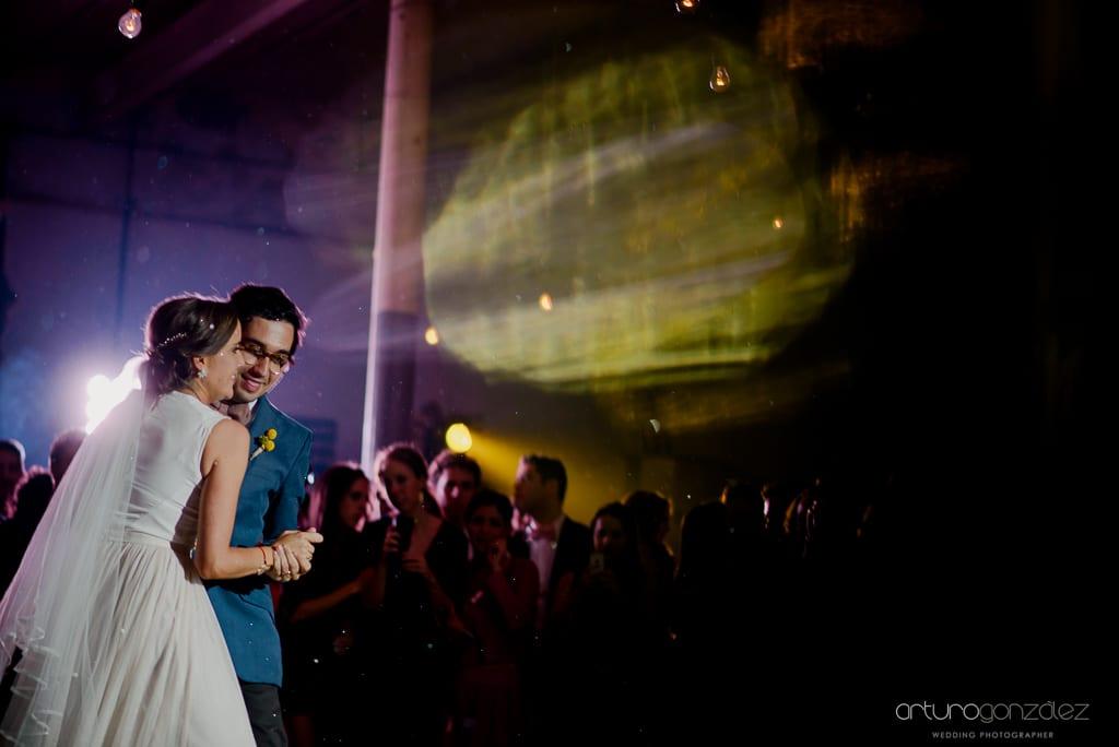 fotografias-de-boda-en-la-ex-fabrica-carolina-082